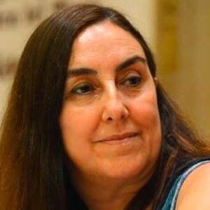 Dra. en Filología Italiana y en Teoría de los Signos. Catedrática de Filología italiana, Universidad de Sevilla.